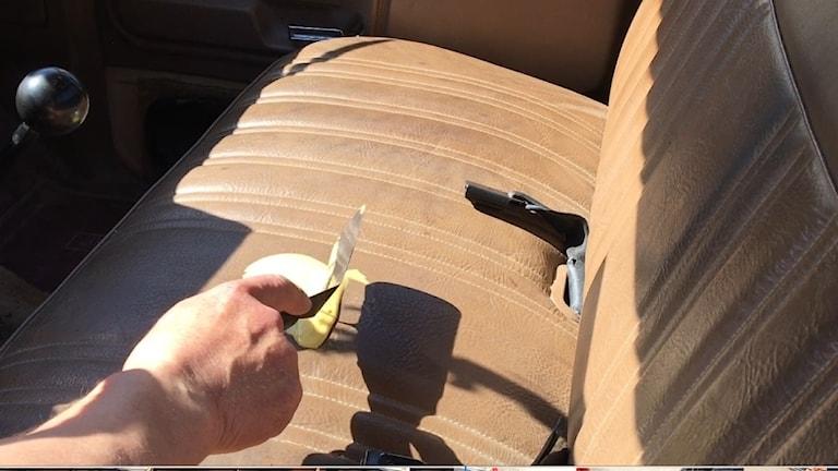 Steka pannkaka i bilen