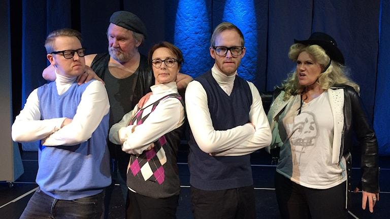 Mathias Wiik, Sören Ivemyr, Johanna Werme Bladh, Jonas Öhrn och Sussie Nordström från Västeråsrevyn.