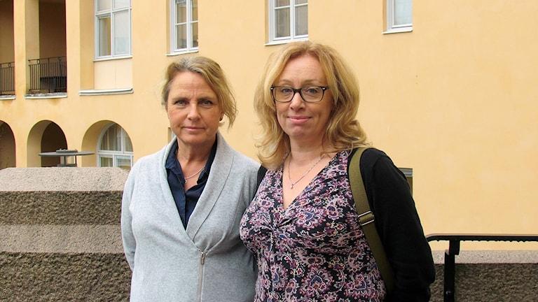 Ann-Marie Blomqvist Kangro, chef för patientnämndens kansli, och Carina Bolander Blomberg, chef för centrala patientsäkerhetsteamet, Region Västmanland.