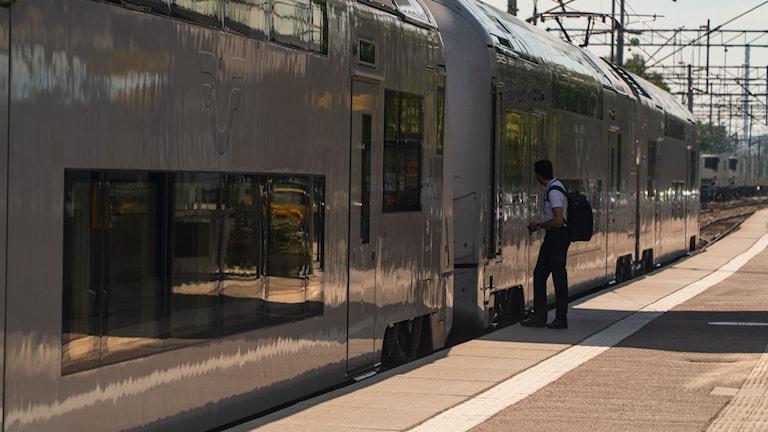 Tåg vid Västerås station.