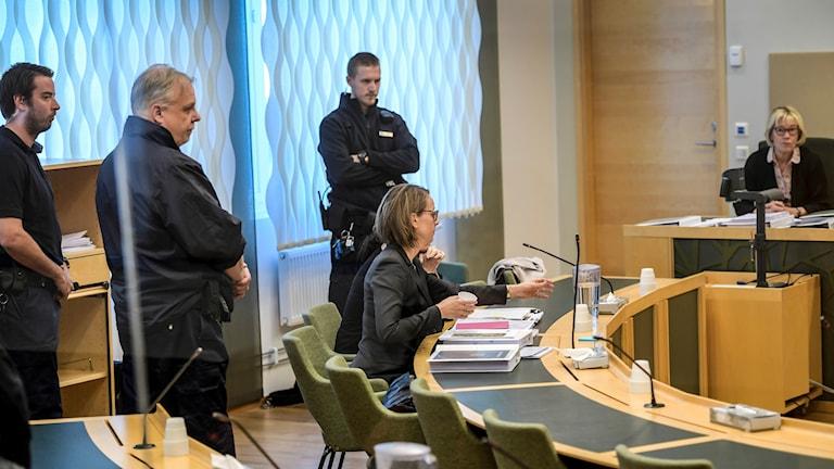 42-åringens försvarsadvokat Amanda Hikes under förhandlingarna.