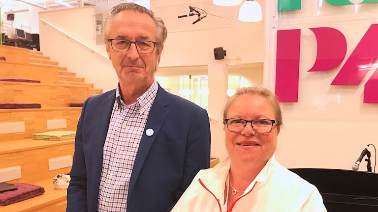 Tomas Högström (M) och Denise Norström (S).
