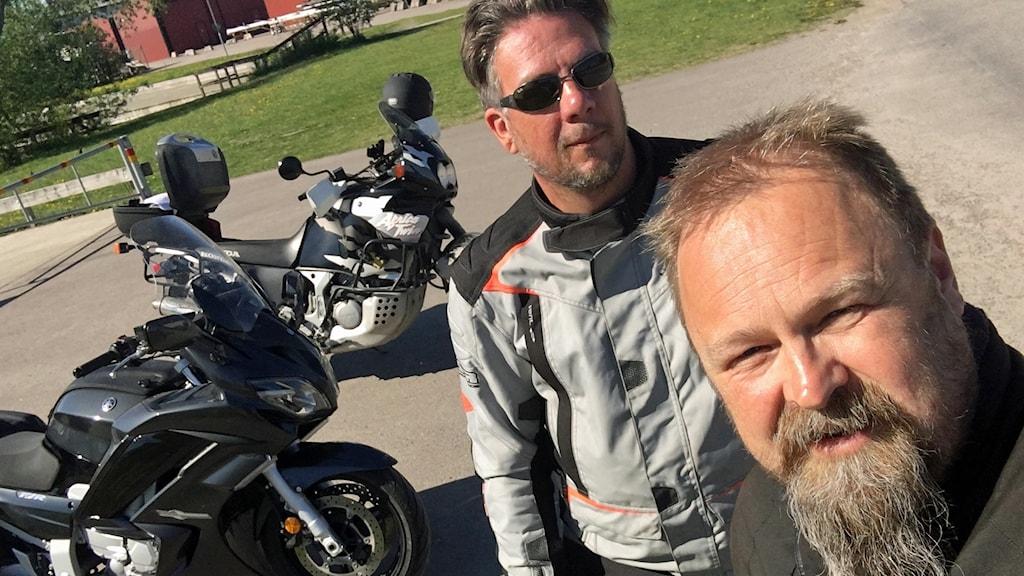 Trafikexpert Axel Regin och programledare Martin Vare.