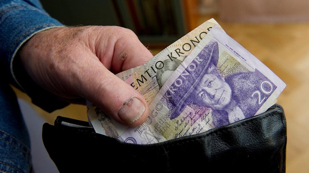 Pensionär med lite i plånboken.