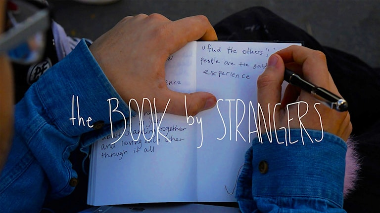 Book by strangers av Hampus Elfström.