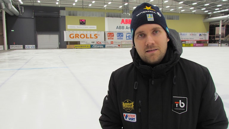Olle Wiberg tränare Tillberga Bandy