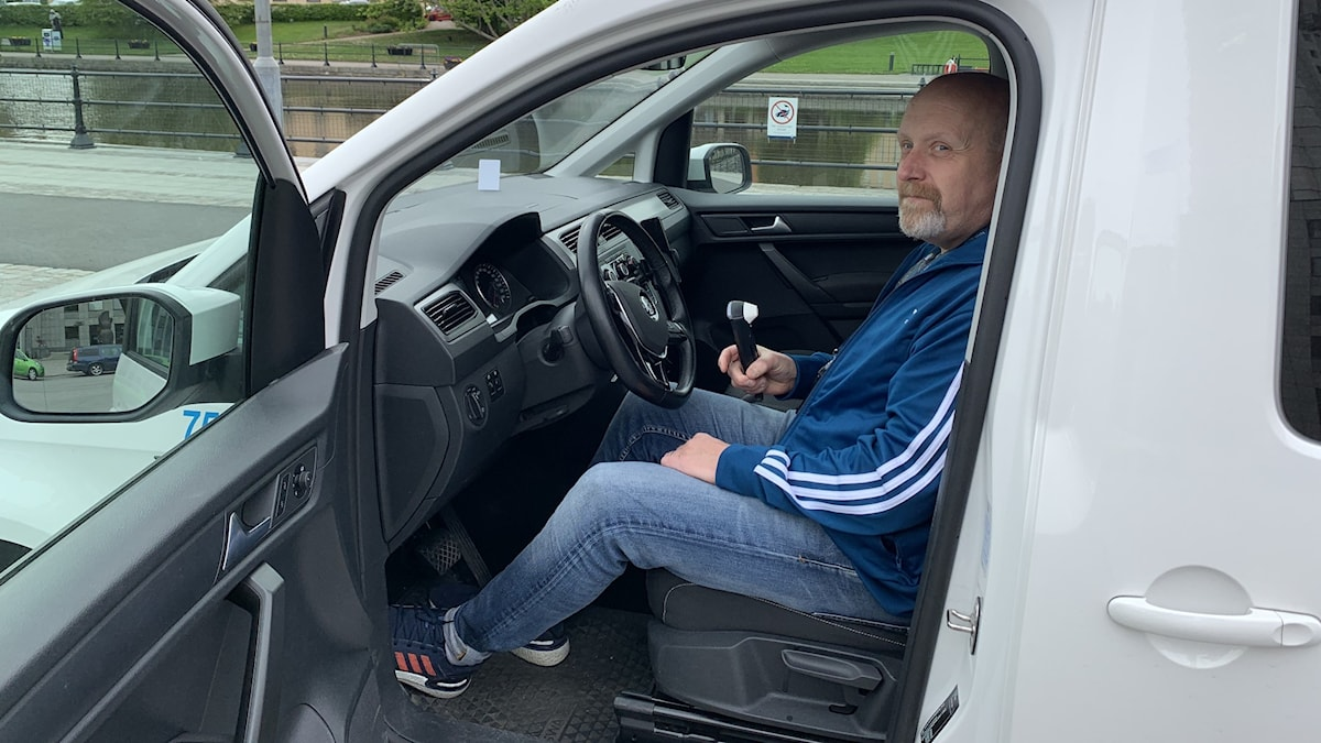 Patrik Karlsson, har hand om Västerås stads alla fordon.