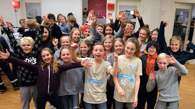 Brandthovdaskolan jublar efter segern i kvartsfinal 4.