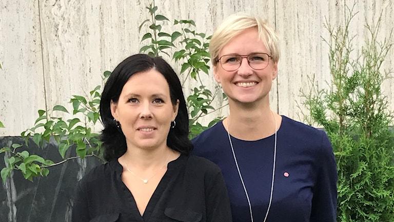Lisa Bäckman (V) och Åsa Eriksson (S).