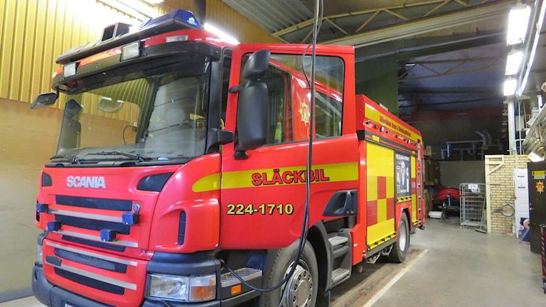 Brandbil på brandstationen i Kolbäck.