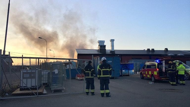 Brand på Bastborregatan på Hälla i Västerås.
