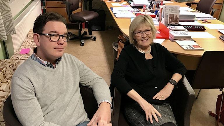 Johan Hallberg och Gun-Marie Persson, rektorer på Malmaskolan i Kolsva.