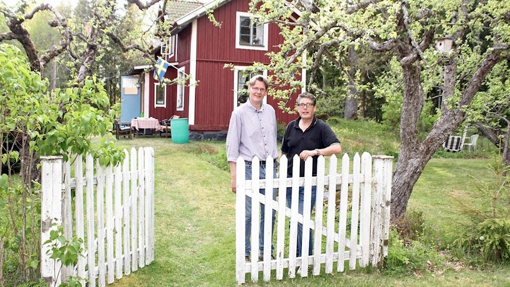Haiko Arens och Bengt-Olov Hedlund vid sitt gemensamma sommarparadis.