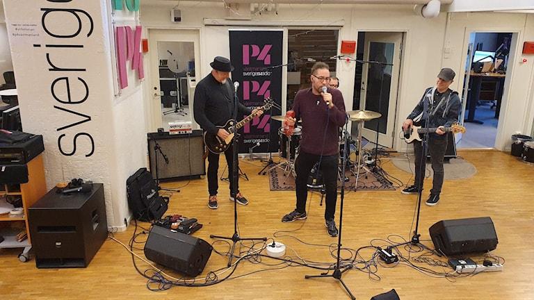 Köpingsbandet Charta 77 på Radioscenen.