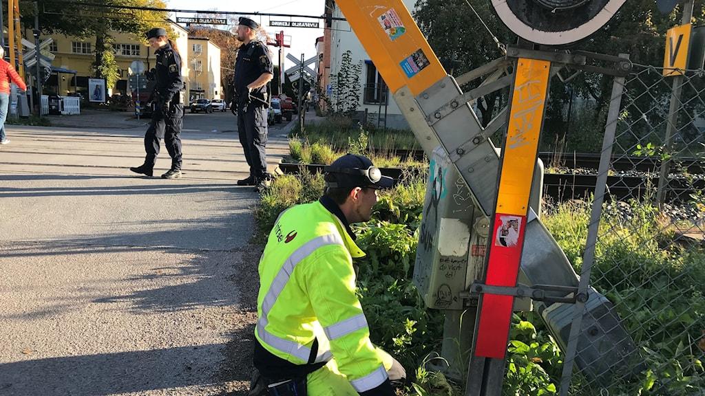 Bommen vid S:t Persgatan undersöks.