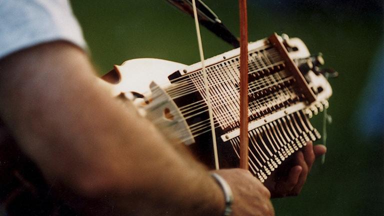 Musiker möts i nyckelharpans mecka i Vendel. Foto: Pawel Flato/Scanpix.