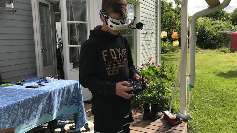 Isak Hollman är redo för SM i droneracing.