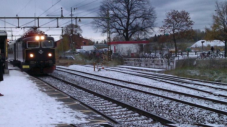 Tåg vid Knivsta station. Foto: Catharina Rehn