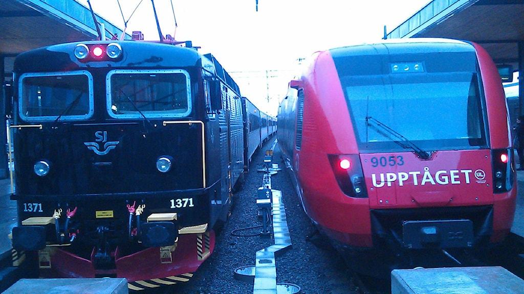 SJ:s Uppsalapendeln och UL:s Upptåget (arkivbild). Foto: August Bergkvist / SR
