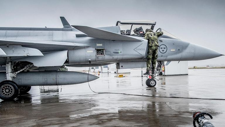 En pilot och en JAS-plan.