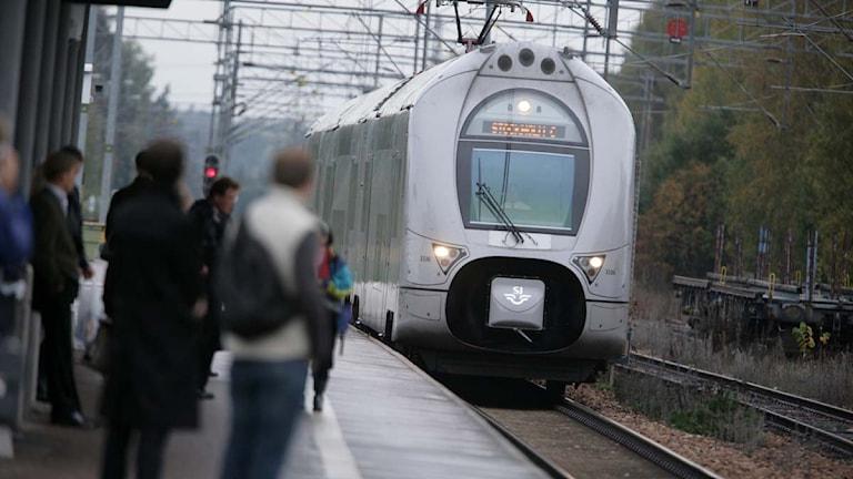 Mälarbanan dubbeldäckare tåg Enköping station. Foto: Fredrik Sandberg/TT