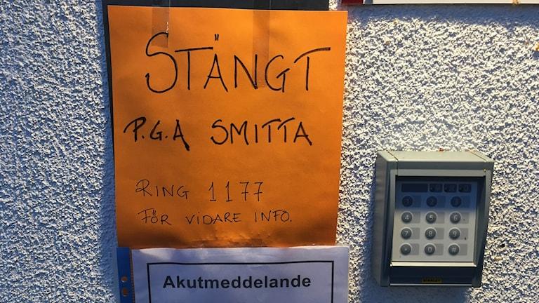 Akutmottagningen på lasarettet i Enköping stängt efter misstanke om ebola.
