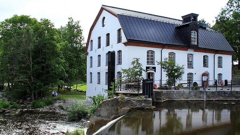 Ulva Kvarn med glashyttan längst upp Foto:Thomas Artäng/SR