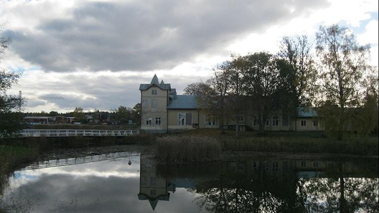Societetshuset Källör i Östhammar. Foto: Ulla de Verdier/SR.