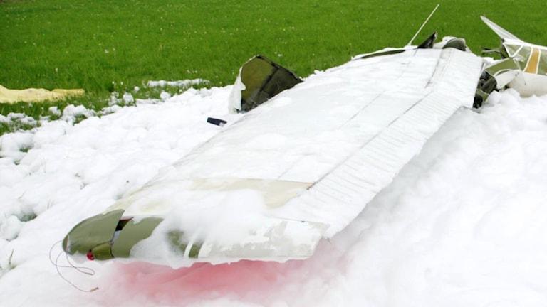 Brandskum över flygplansvrak (arkivbild). Foto: Lasse Hejdenberg/TT