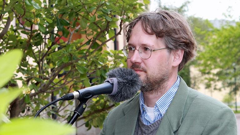 Niclas Malmberg, Miljöpartiets första namn i Uppsala län till riksdagen 2014. Foto: Elin Roumeliotou/Sveriges Radio