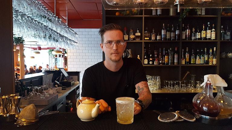 CH Eriksson kan bli årets bartender.
