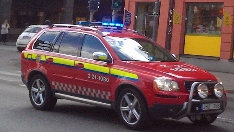 En av Uppsala brandsförsvars brandbilar (befälsbilen). Foto: August Bergkvist/Sveriges Radio