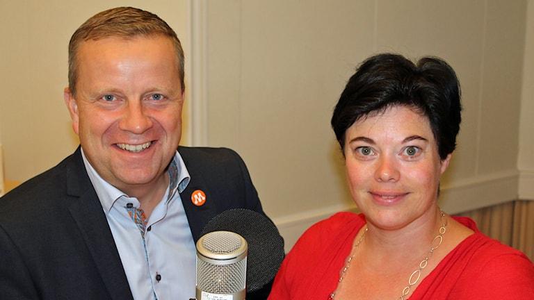 Fredrik Ahlstedt (M), Marlene Burwick (S). Foto: Erik Thyselius/Sveriges Radio