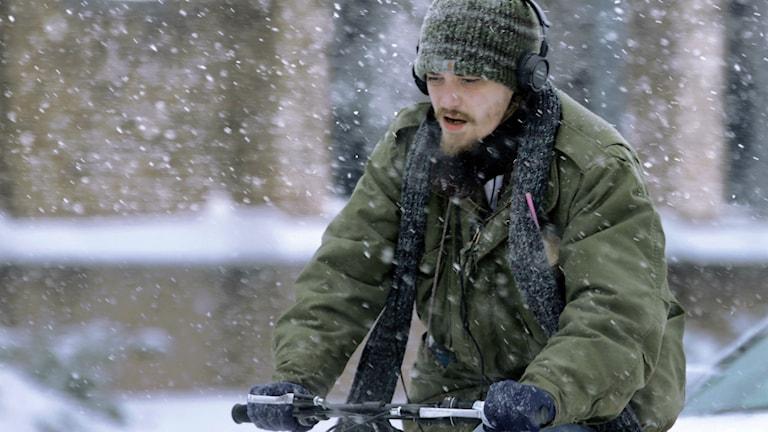 Cyklist i snöväder Foto: Seth Perlman/TT
