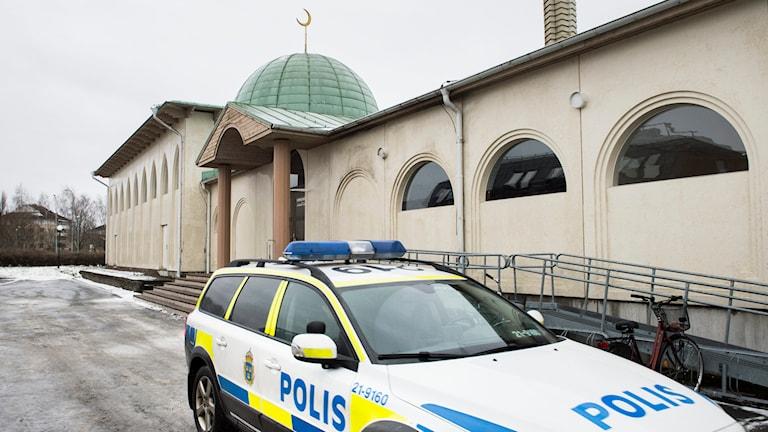 Försök till mordbrand vid moskén i Uppsala 1/1 2015. Foto: Pontus Lundahl/TT