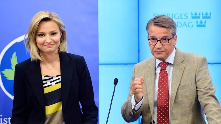 Ebba Busch Thor och Göran Hägglund. Foto: Henrik Montgomery/TT