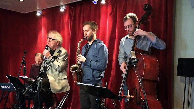 Claes Janson med band Foto:Thomas Artäng/Sveriges Radio