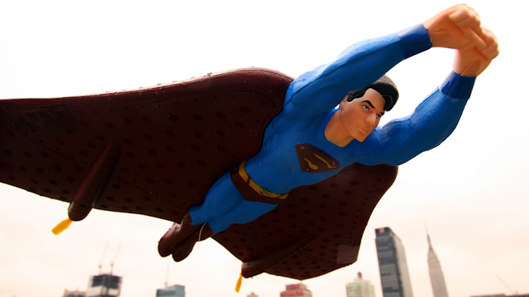 Radiostyrd Superman. Foto: Mark Lennihan/AP