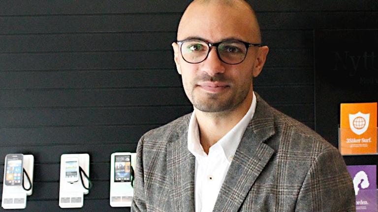 Kamran Alemdar, pr- och informationschef på Tre. Foto: Tre