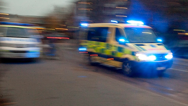 Ambulans på utryckning. Foto: Bertil Ericson/TT