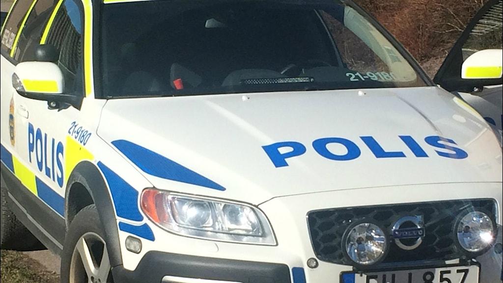 Polisbil - arkivbild. Foto: Martin Hult / Sveriges Radio