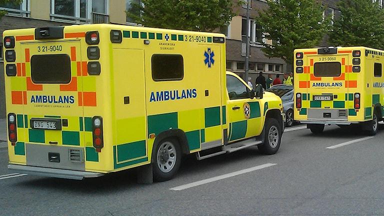Ambulanser på uppdrag (arkivbild). Foto: August Bergkvist/Sveriges Radio
