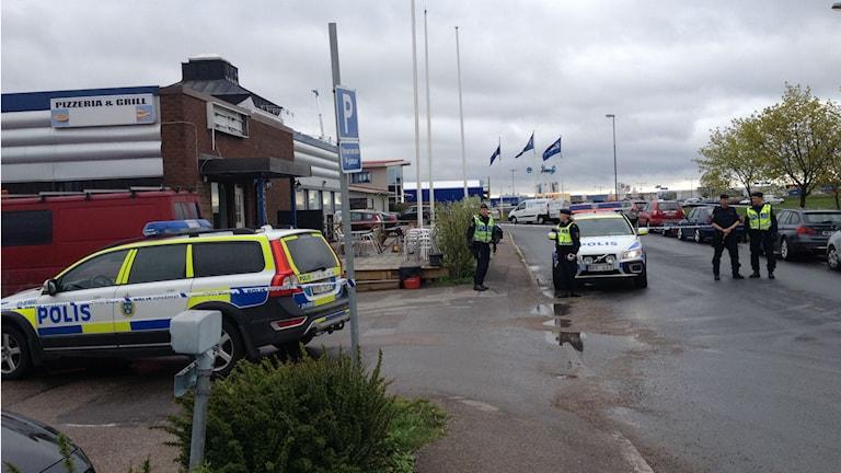 Bombhot mot Praktiska Gymnasiet. Foto: Aila Stefansdotter-Franck