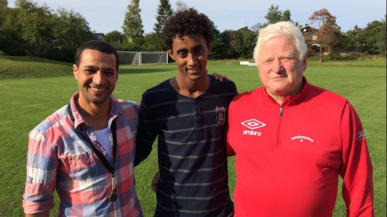 Hamada Mohktar, Nasser Ahmed och Lars-Ove Olsson. Foto: Stefan Hesserud Persson / Sveriges radio