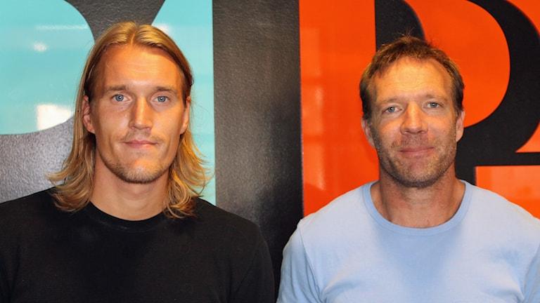 Kim Skoglund och Kim Bergstrand i Sirius fotboll. Foto: Erik Thyselius/Sveriges Radio