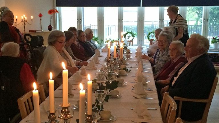 Kunglig lunch i Björklinge. Foto: Bosse Pettersson/Sveriges Radio