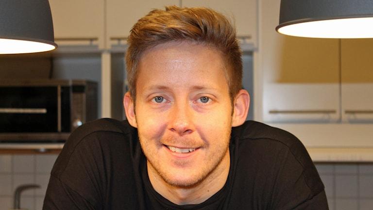 Kocken Martin Andersson. Foto: Erik Thyselius/Sveriges Radio