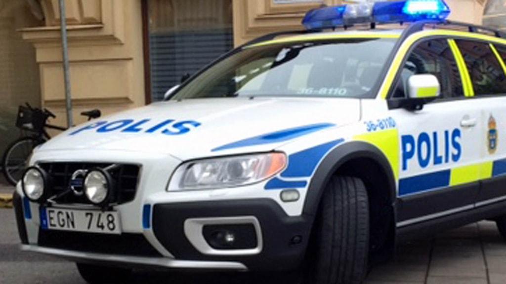 Polisbil på uppdrag (arkivbild). Foto: August Bergkvist/Sveriges Radio