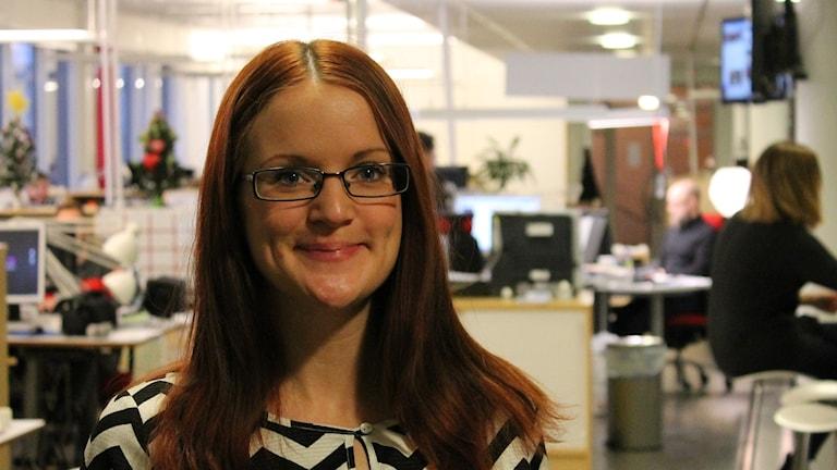 Therese Pettersson, projektledare på Uppsala Conflict Data Program, sammanställer statistik över världens konflikter. Foto: Nils Engvall/Sveriges Radio