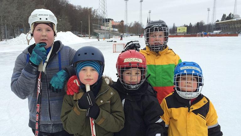 Vinnarlaget Vinnar-torpederna på Studenternas IP. Foto Bosse Pettersson / SR